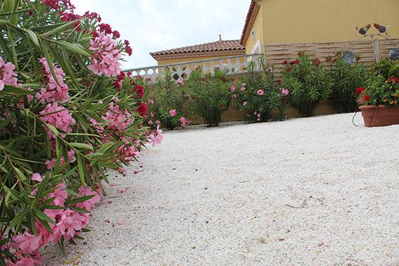 Jardin villa maimona gîte et chambre d'hôtes balaruc les bains